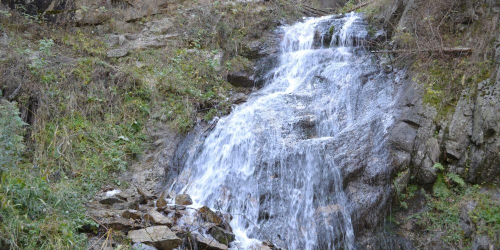 водопад Девичьи слёзы